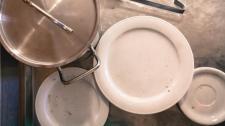 Si le lave-vaisselle ne lave pas correctement.